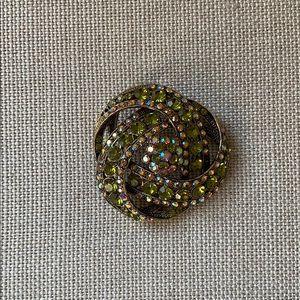 Stunning green rhinestone brooch